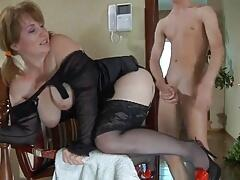 Mom and boy porno pics